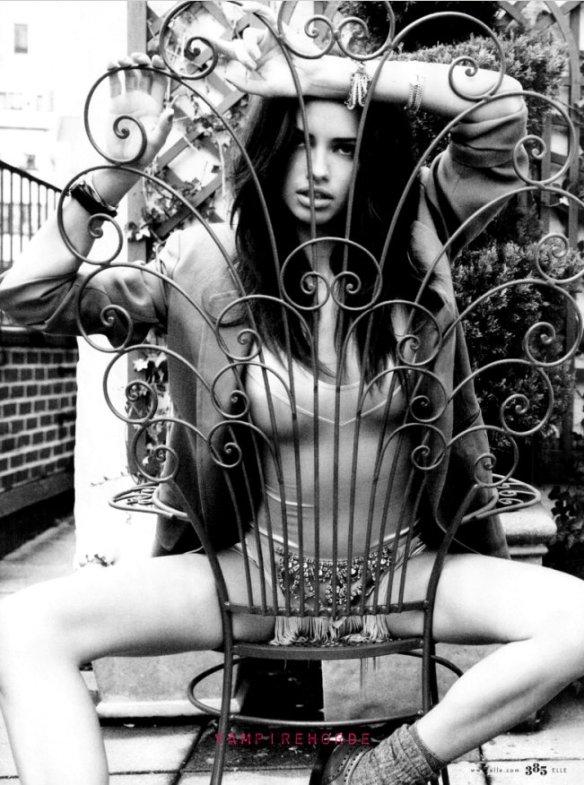 Olivia Robin  nackt
