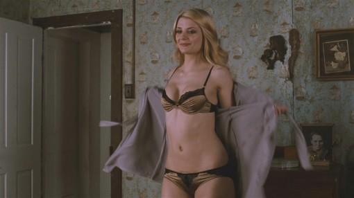 mischa-barton-lingerie-homecoming-03