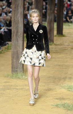 chanel_ss2010_142