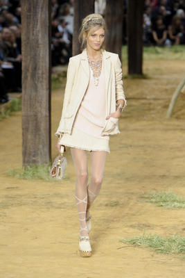 chanel_ss2010_192