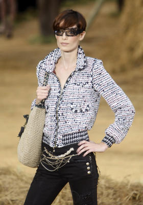chanel_ss2010_27